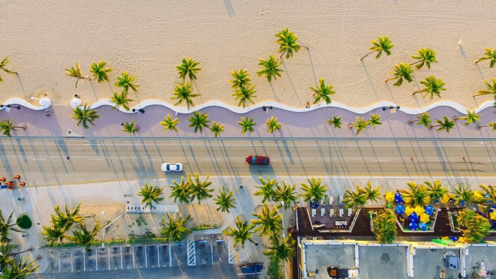 miami beach digital billboard advertising